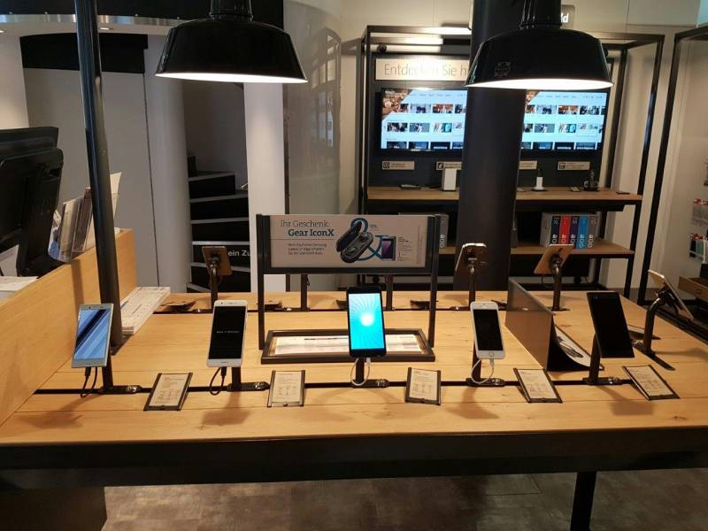 Ausstellung Smartphones